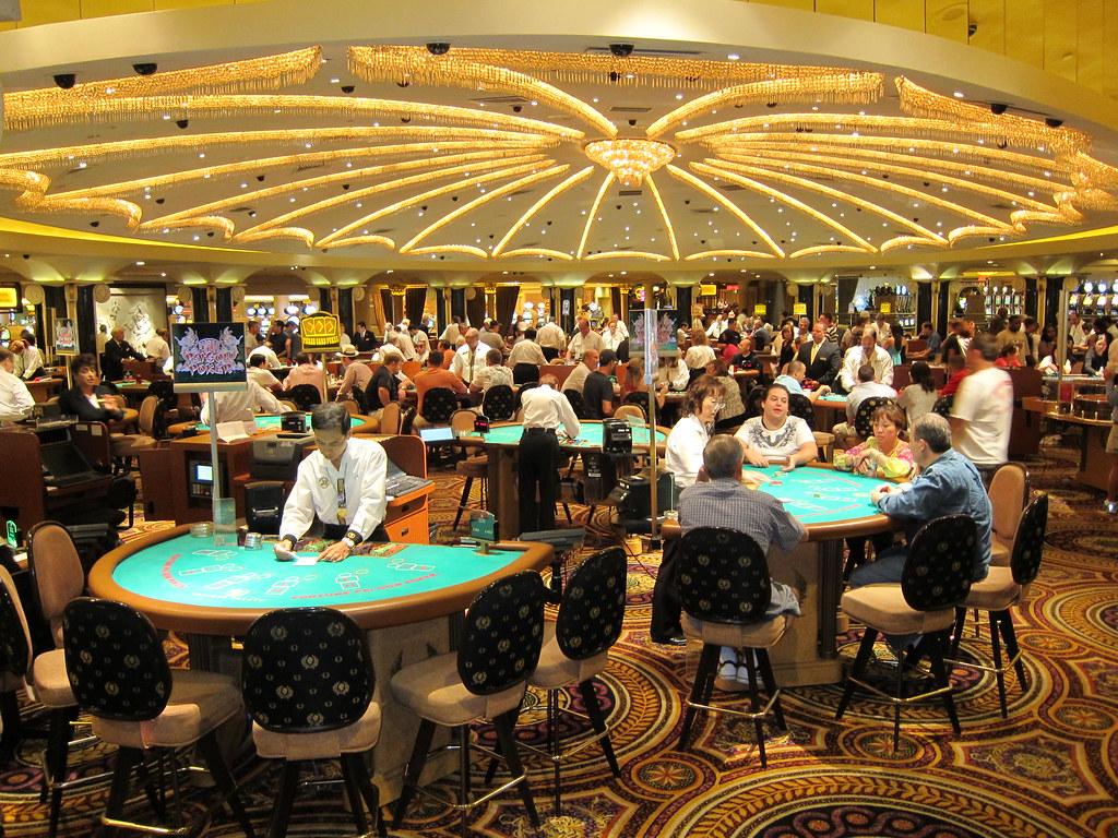 Sisäkuva Caesars Casino pelisalista